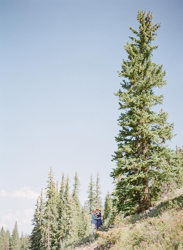 Beautiful Engagement session in Colorado