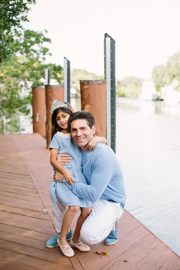 Family photo session in Miami.jpg