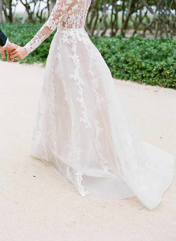 beautiful wedding gown in miami