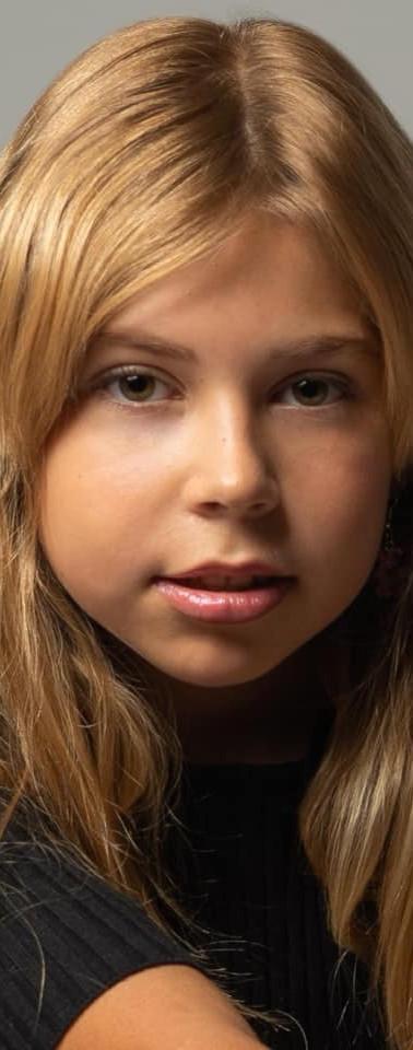 Junior Antonia France.jpg