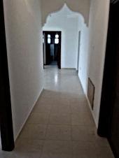 شقة فاخرة للبيع مع رووف في البنيات 150م سوبر ديلوكس
