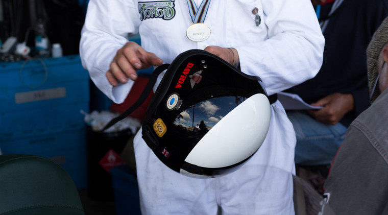 divida helmets