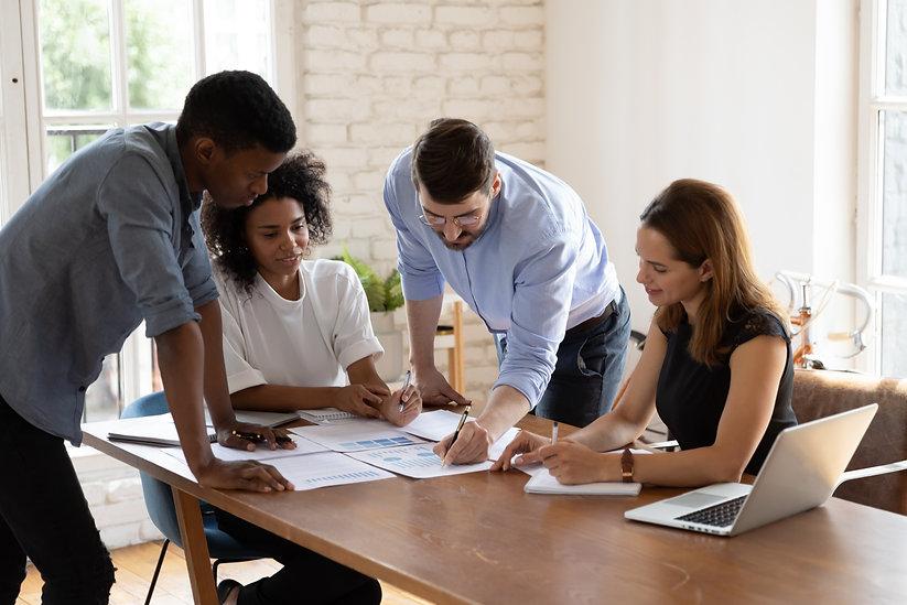 Caucasian team leader share project idea