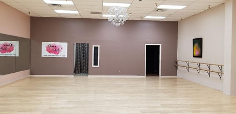 Inside of El Paso Dance Works! Studio