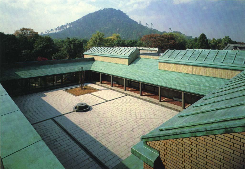 B橿原中庭.JPG