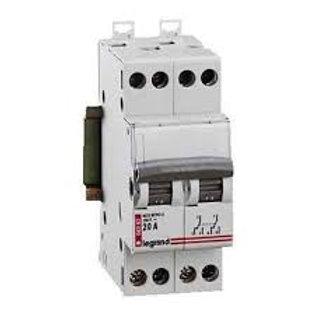 Interrupteur-Inverseur Double Va-et-Vient 400 V