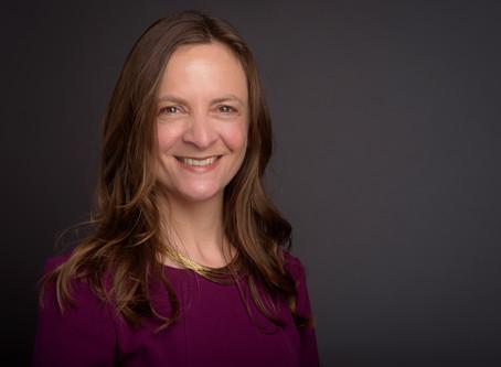 PUBLIC SPEAKING EXPERT OF THE WEEK: EILEEN SMITH
