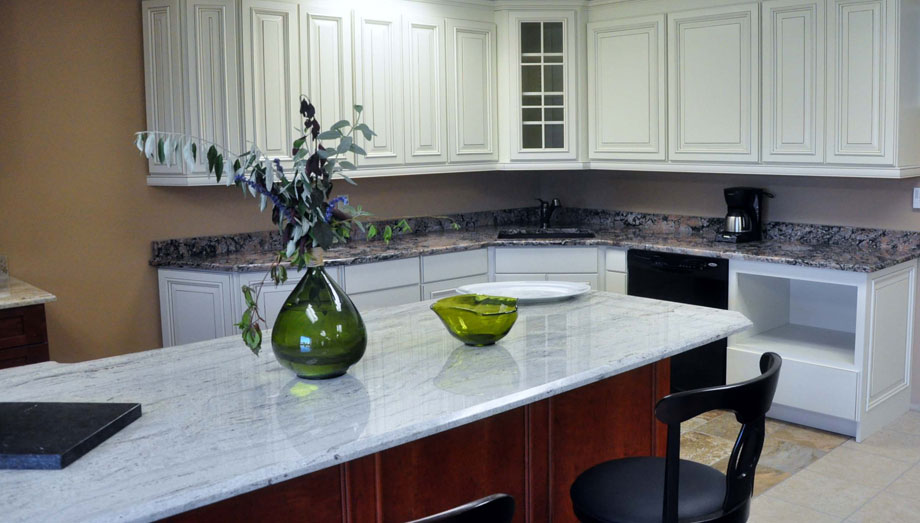 Badger-Granite-Kitchen-Countertop-Kenosha