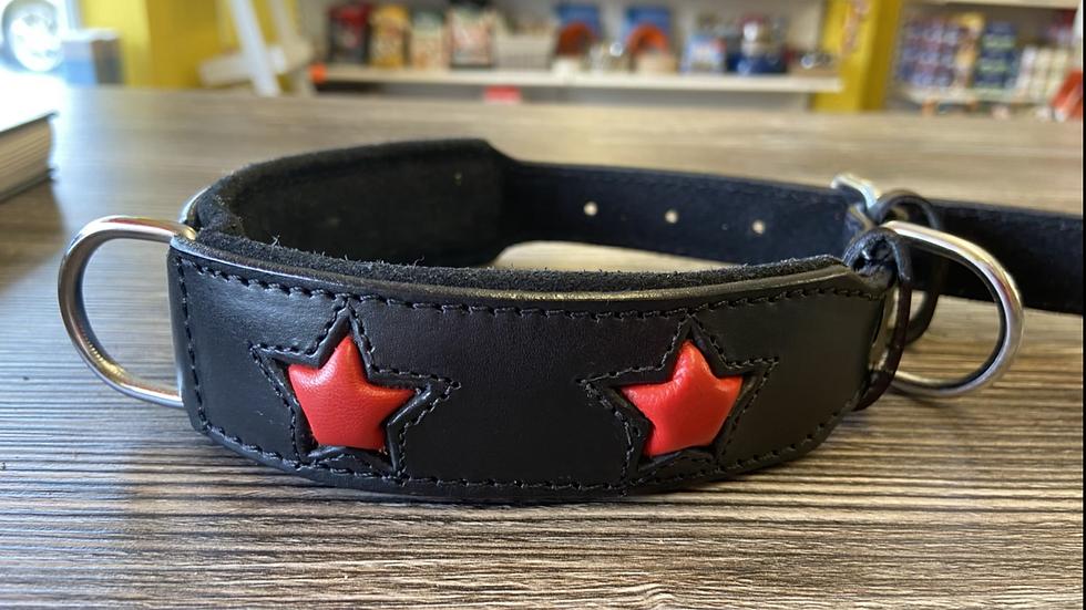 Red star collar
