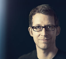 Oliver Fietz - Pressefoto (blau)