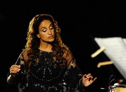 Noa in Concert in Cremona, Italy – Photos by Stefanino Benni and Roberto Caccialanza
