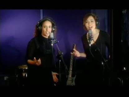 Noa (Achinoam Nini) & Mira Awad – There Must Be Another Way – Official Version – Eurovision 2009