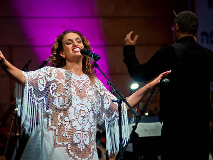 Noa in Concert with the Haifa Philharmonic Orchestra – By Nahum Leder