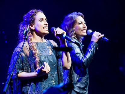 Noa and Mira Awad in Concert in Pirineos Sur, Spain – By Rosa Casbas & Xavier d'Arq