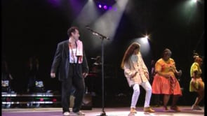 Noa and Johnny Clegg – Get Up Stand Up