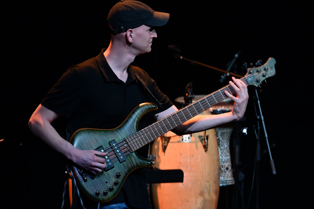 Or Lubianiker - Bassist