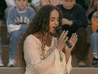 Noa Sings Ave Maria at the Vatican