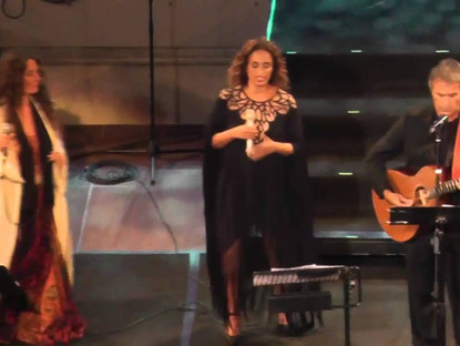Noa with Dalaras and Dulce Pontes at the Acropolis, Athens (Video and Photo Gallery)