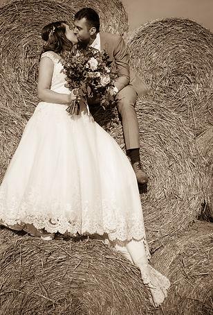 Sarah & Mike-0001 (499).jpg