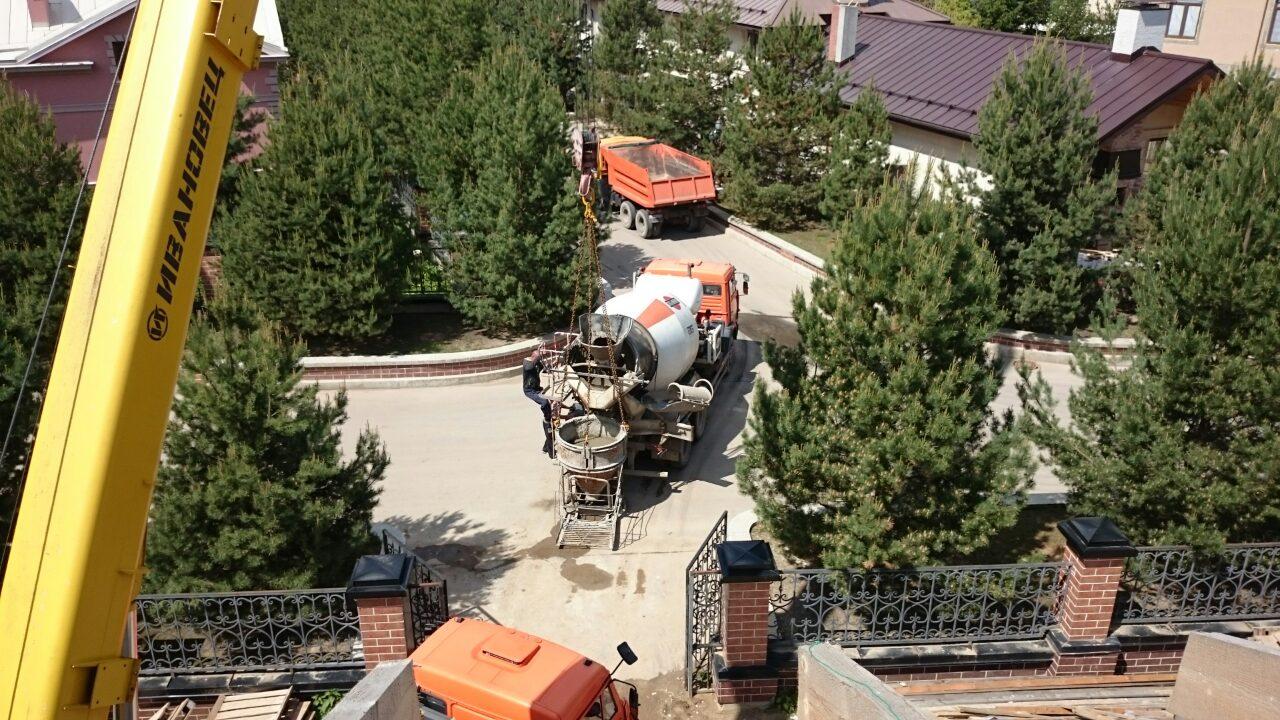Аренда автокрана для заливки бетона