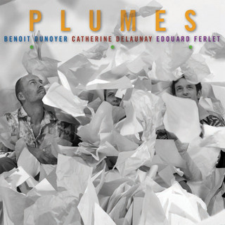 PLUMES ...