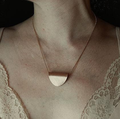 Pendentif cuivre vernis & chaine plaqué  or