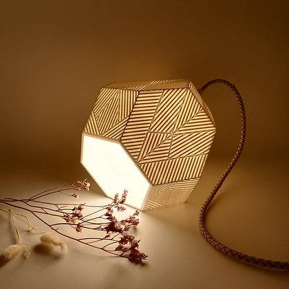 Lampe Tétrakaidécaèdre Étiré