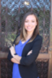 Isabell Soto headshot.jpg