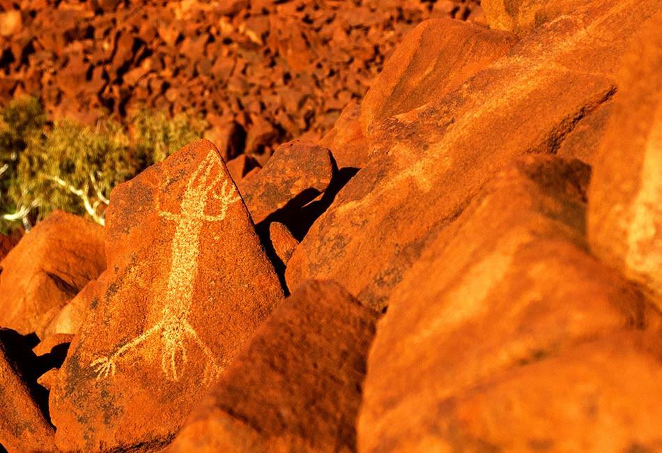 WA-Burrup-Aboriginal-Petroglyphs-00926-2.jpg