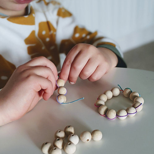 Wooden bead bracelet craft kit