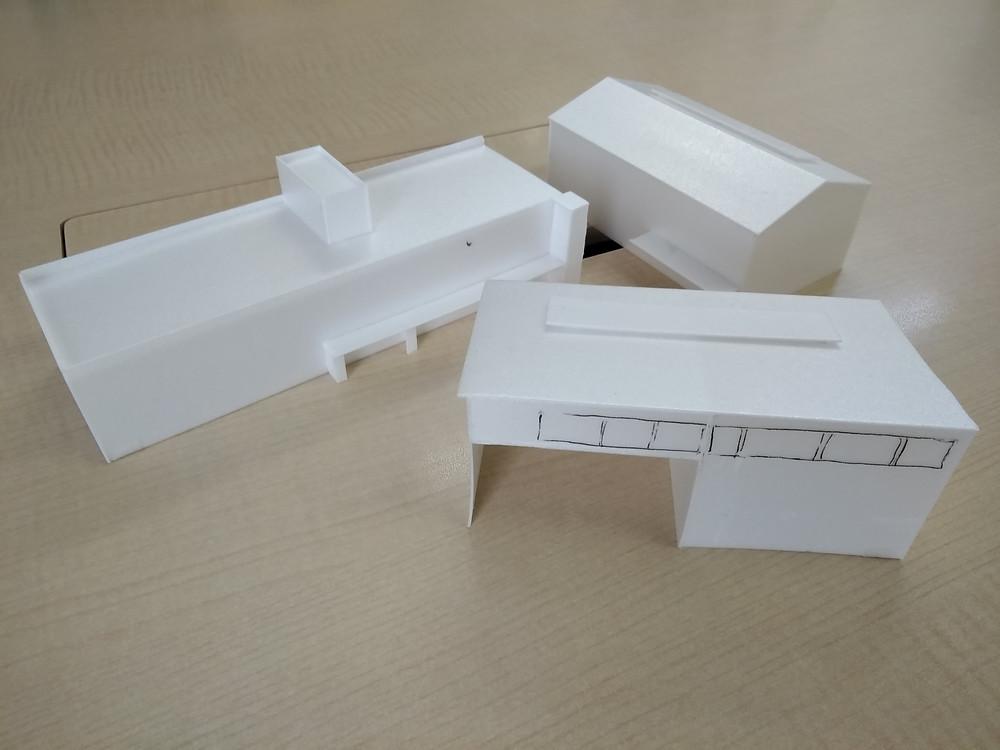 模型写真1:ボリュームを確認するための白模型