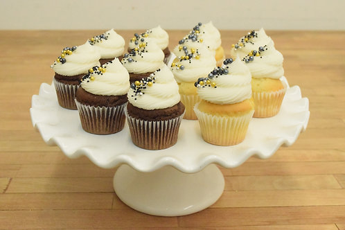 6 New Years Regular Size Cupcakes