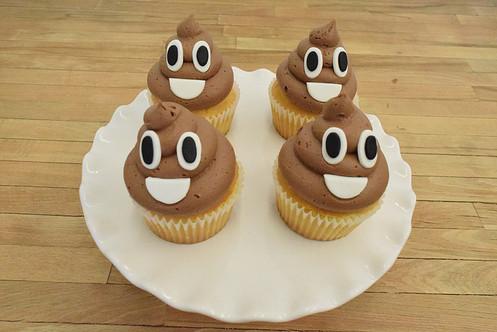 Emoji Poop Cupcakes Birthday Los Angeles Bakery Sherman Oaks