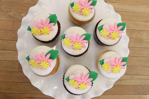 6 Snapchat Flower Crown Cupcakes