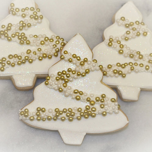 6 White Christmas Tree Cookies