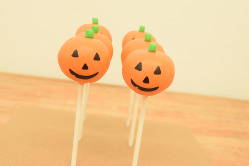 6 Pumpkin Cake Pops