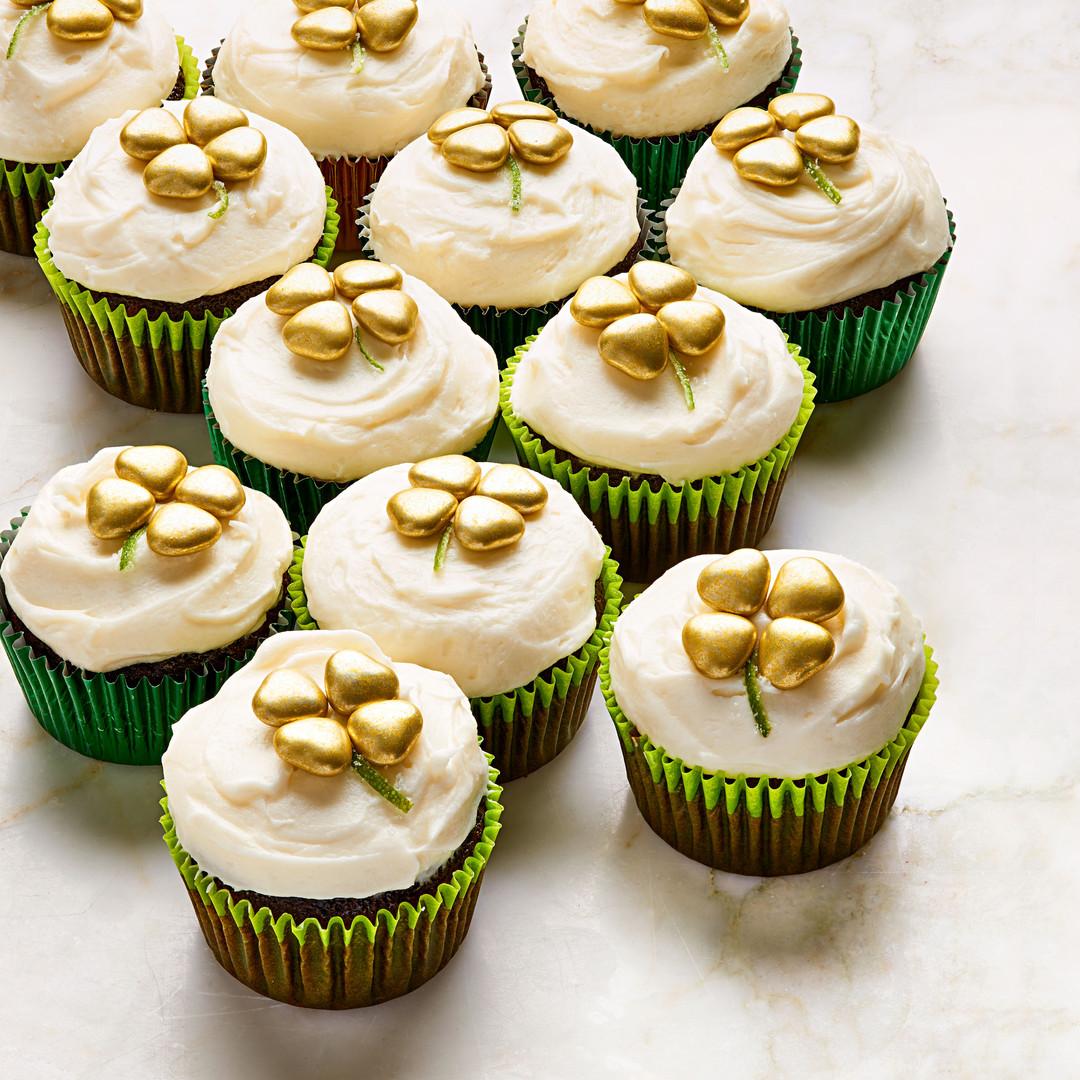 potofgoldcupcakes.jpg
