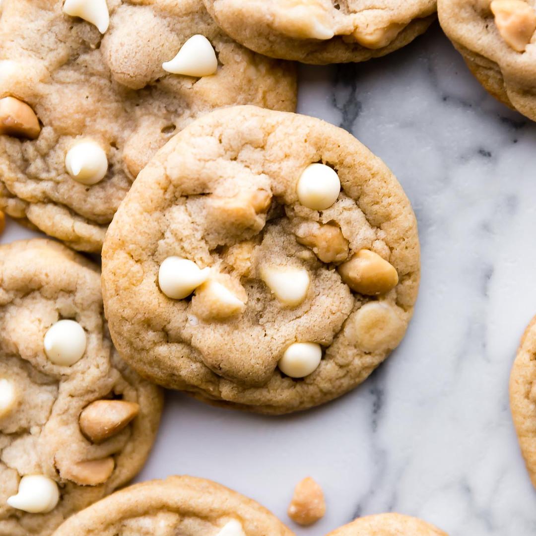 white-chocolate-macadamia-nut-cookies-1.