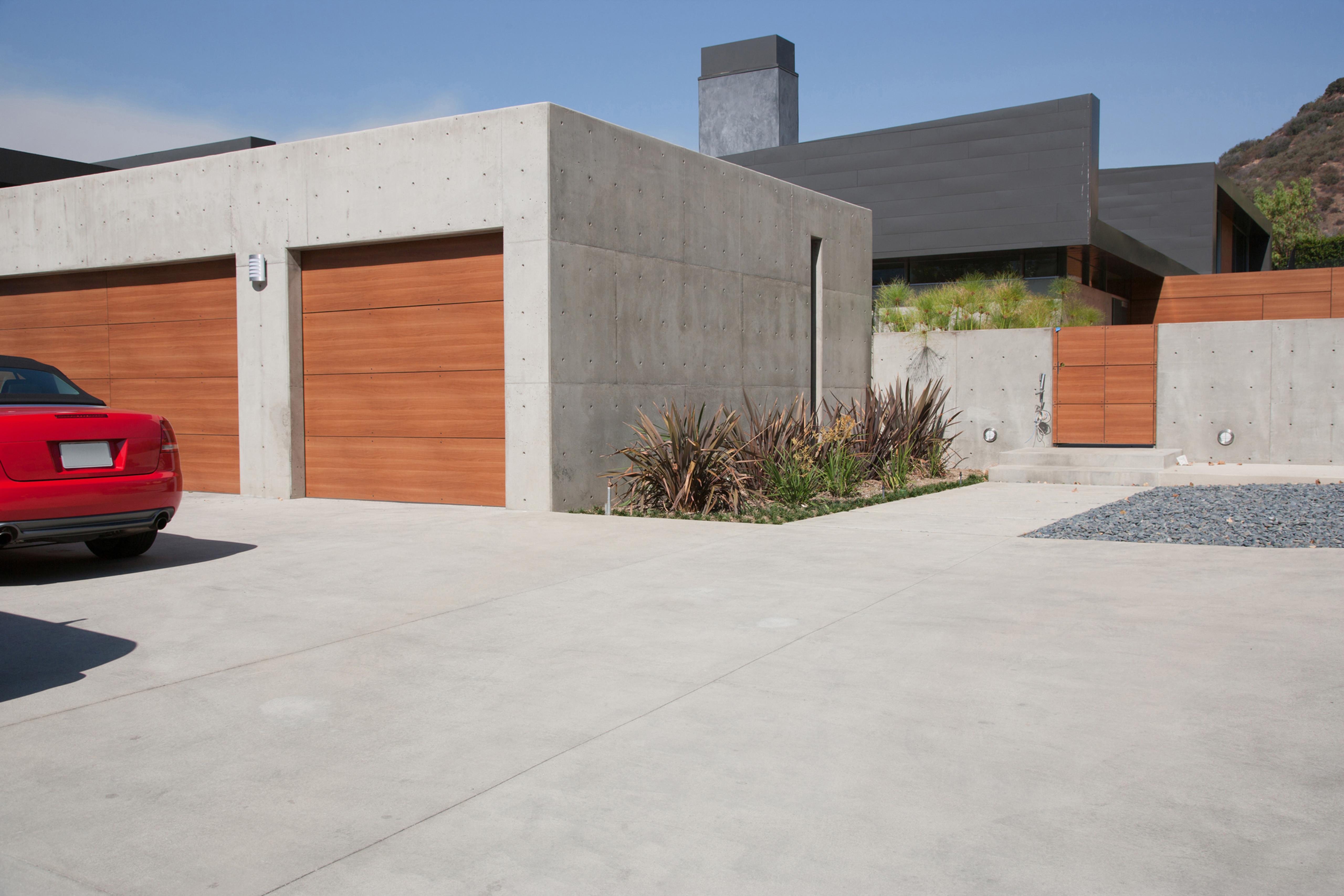 Concrete Walkway/Driveway
