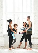 Yoga-Klasse Teilnehmer