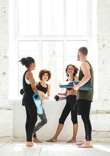 Clase de yoga participantes