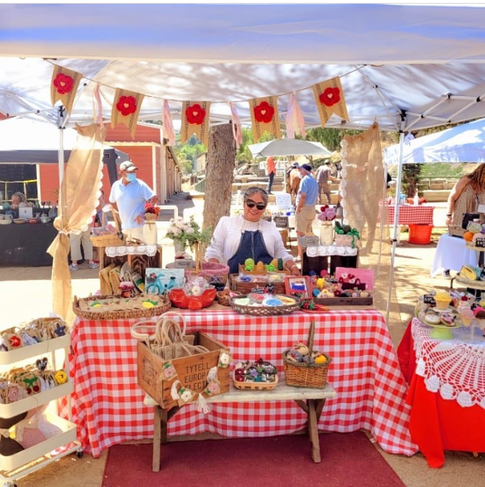 Vendor Vintage Country Crochet always has such a pretty booth!