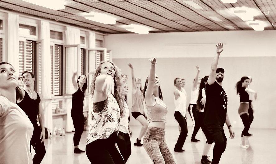Jazz Dance Classes with Cueneyt