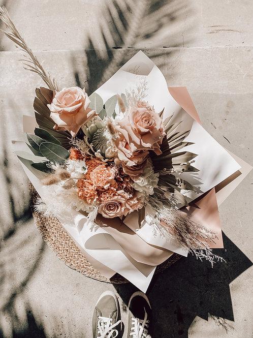 xxLuxe Flower Subscription Taree
