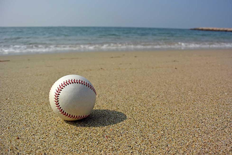 beachBaseball.jpg