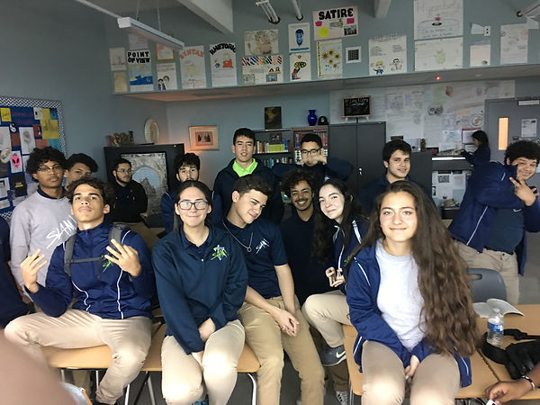 Mrs. Hernandez class at SLAM March 2019.