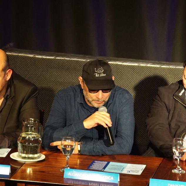 Alejandro Pont Lezica /  Conferencia de Prensa