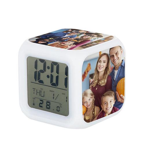 Reloj digital, con alarma PERSONALIZADO