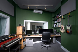 studio 01b Ellis-1972.jpg