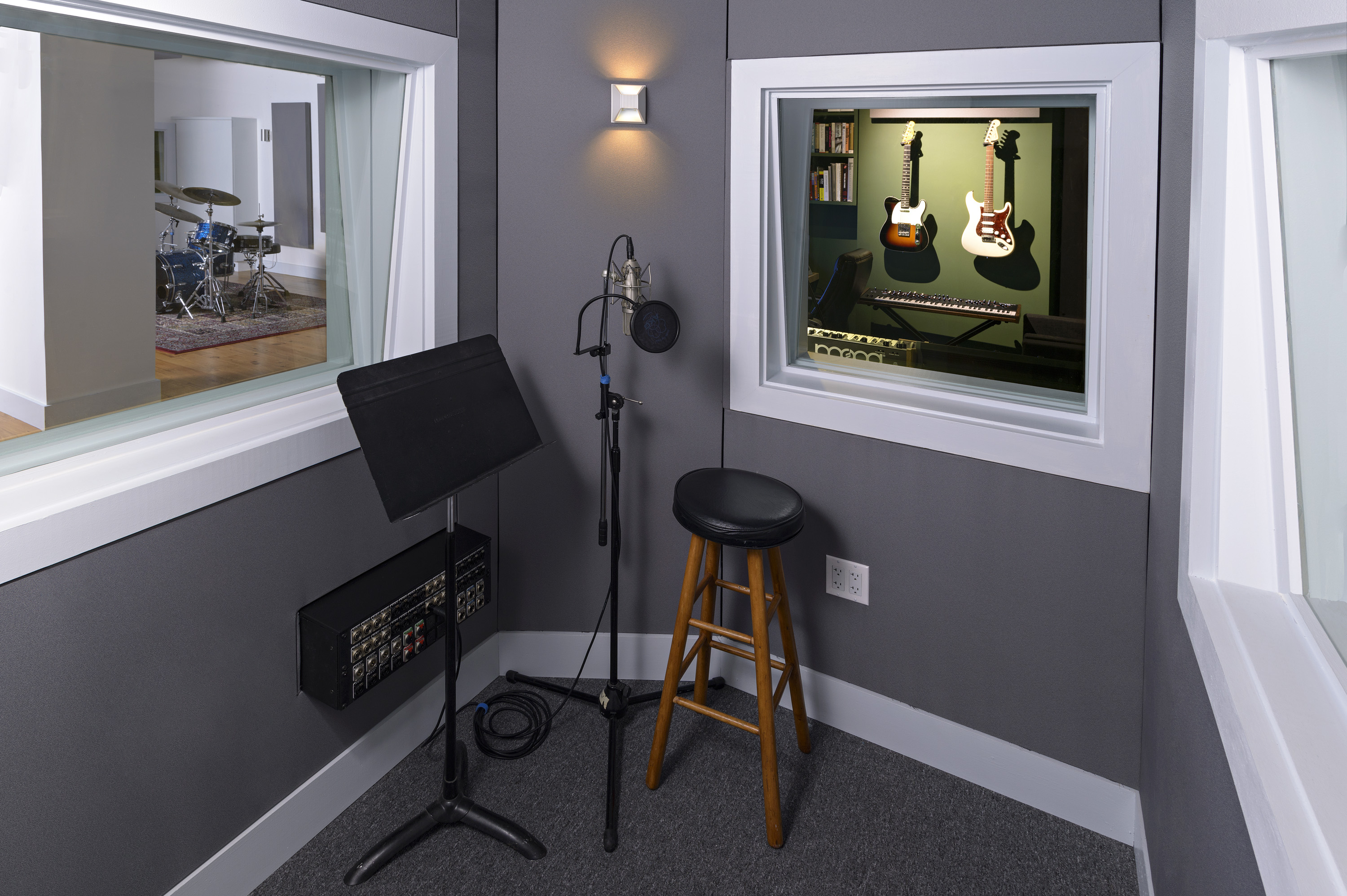 vocal booth Ellis-2185.jpg